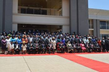 'Politicians in Malawi favour region they come from'.