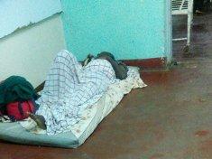 Malawi Patients sleeping on the floor hospitals