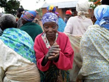 Eldery people Malawi to get allowances. (Credit: Independent)