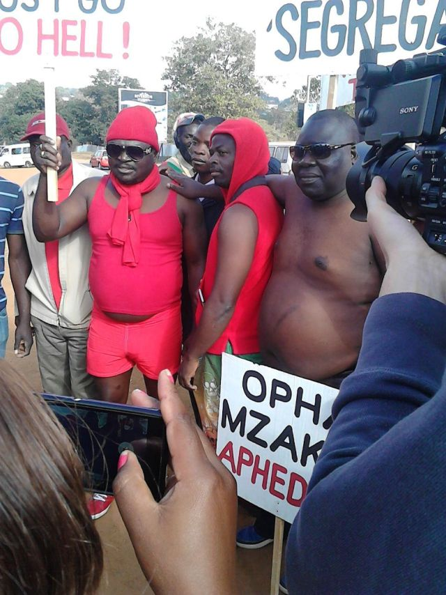 Winiko naked protest 4