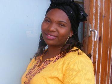 Gloria Manong'a