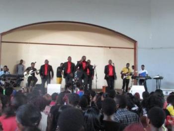 Kamuzu Barracks Gospel Singers
