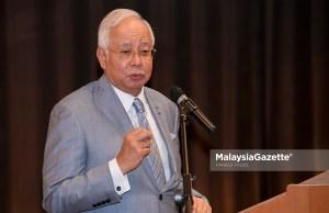 Perdana Menteri, Datuk Seri Najib Tun Razak menyampaikan ucapan pada Perasmian Institut Kanser Negara (IKN) di IKN, Putrajaya. foto FAREEZ FADZIL, 24 APRIL 2018