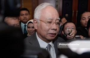 Bekas Perdana Menteri merangkap Ahli Parlimen Pekan, Datuk Seri Najib Tun Razak bercakap kepada media ketika menghadiri Sidang Dewan Rakyat di Bangunan Parlimen, Kuala Lumpur.foto IQBAL BASRI, 13 OGOS 2018