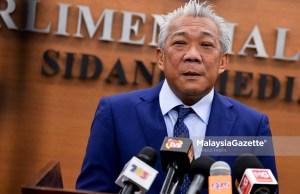 Ahli Parlimen Kinabatangan, Datuk Bung Mokhtar Radin bercakap kepada media ketika menghadiri sesi perbahasan di Dewan Rakyat, Bangunan Parlimen, Kuala Lumpur. foto FAREEZ FADZIL, 16 OGOS 2018
