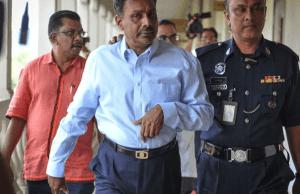 Bekas Naib Presiden MICTan Sri S. Balakrishnanhariini mengaku tidak bersalah di Mahkamah Sesyen di sini,atas dua pertuduhan melakukan pengubahan wang haram membabitkan transaksi pengeluaran wang berjumlah RM6.012 juta antara 2012 dan 2013.