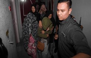 Hukuman itu yang dijalankan di bilik mahkamah Mahkamah Tinggi Syariah Terengganu di sini, hari ini adalah yang pertama kali berlaku di negara ini membabitkan kesalahan seumpamanya dan disaksikan oleh lebih 100 orang termasuk pengamal media, keluarga dan peguam syarie.