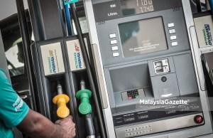 Kementerian Perdagangan Dalam Negeri dan Hal Ehwal Pengguna (KPDNHEP) Johor memberi jaminan bekalan petrol dan diesel di negeri ini mencukupi.