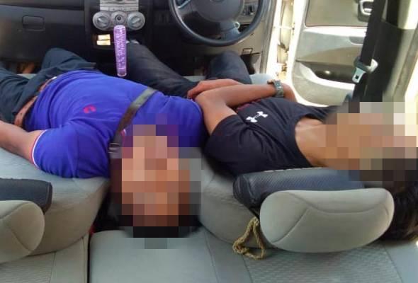 eracunan terhidu karbon monoksida menjadi punca kematian dua lelaki yang ditemukan tidak bernyawa di dalam sebuah kereta yang enjin masih hidup di Kampung Jaya Baru dekat sini, semalam, menurut polis.