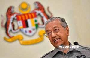 Perdana Menteri Malaysia Tun Dr Mahathir menjuarai carta 'Sibaq Al Akhbar' (Berita-berita Dunia Paling Hangat) bagi kategori ' Tokoh Minggu Ini' kelolaan saluran berita Arab terkenal, Al Jazeera apabila memperoleh undian tertinggi penonton saluran televisyen berkenaan.