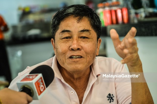 Government retiree, Chai Weng Cheong , 68 at an interview with MalaysiaGazette on the approval of dine-in at eateries during the Movement Control Order (MCO).     PIX: MOHD ADZLAN / MalaysiaGazette /10 FEBRUARY 2021.