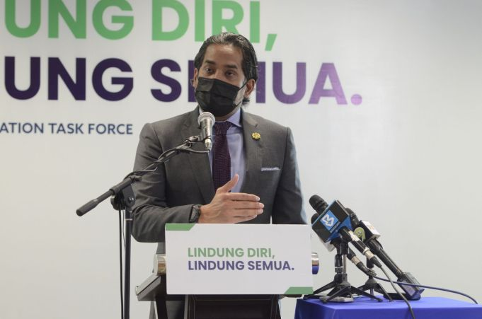 Minister of Science, Technology and Innovation, Khairy Jamaluddin Abu Bakar during a news conference on the National Covid-19 Immunisation Programme (PICK) in Putrajaya. PIX: MalaysiaGazette Covid-19 vaccination vaccine MySejahtera