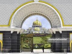 Perikatan Nasional government crisis Mohamad Hasan Istana Negara Al-Sultan Abdullah Yang diPertuan Agong Parliament sitting