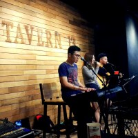 Tavern 13 unplugged performance