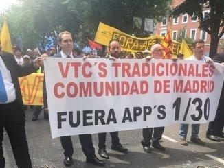 Manifestación de los taxis contra las VTC