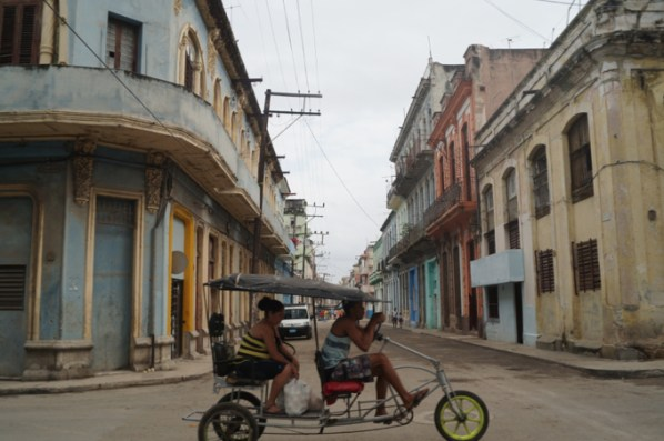 Typical street scene that you'll encounter while touring Havana