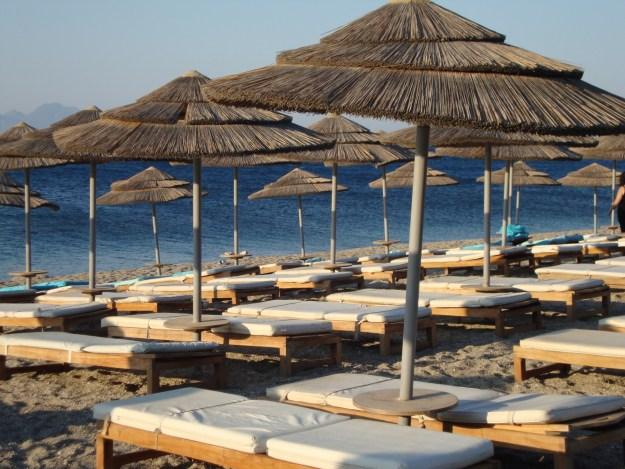 Plaża Hotelu Mitsis Blue Domes w Kardamenie