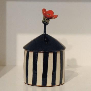 Lagkrukke-m-rod-blomst-red