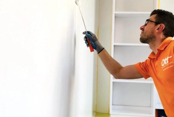 Projektionsflächen in Büroräumen gestalten
