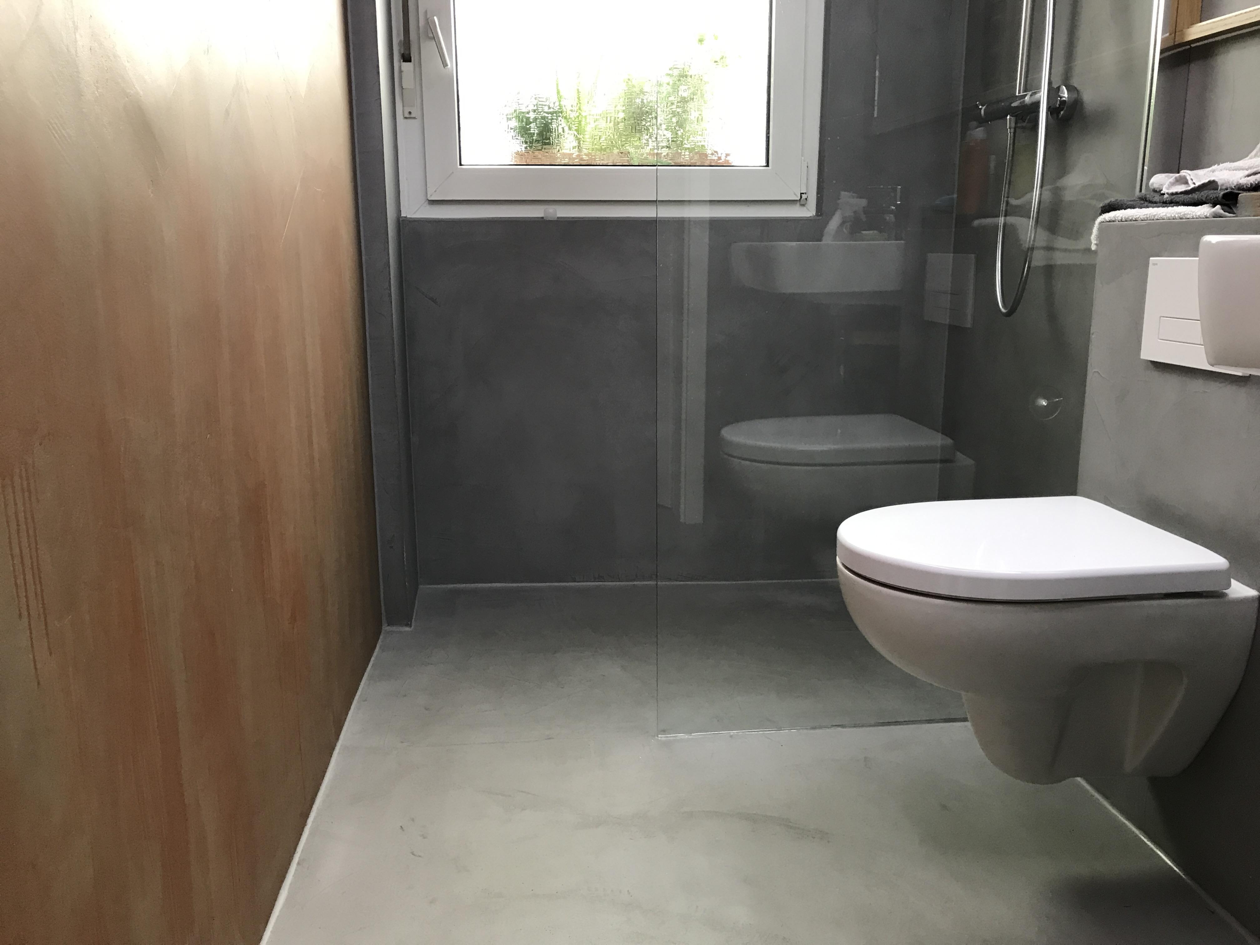Betonlook Badezimmer mit Eyecatcher  Maler Trynoga aus Wuppertal