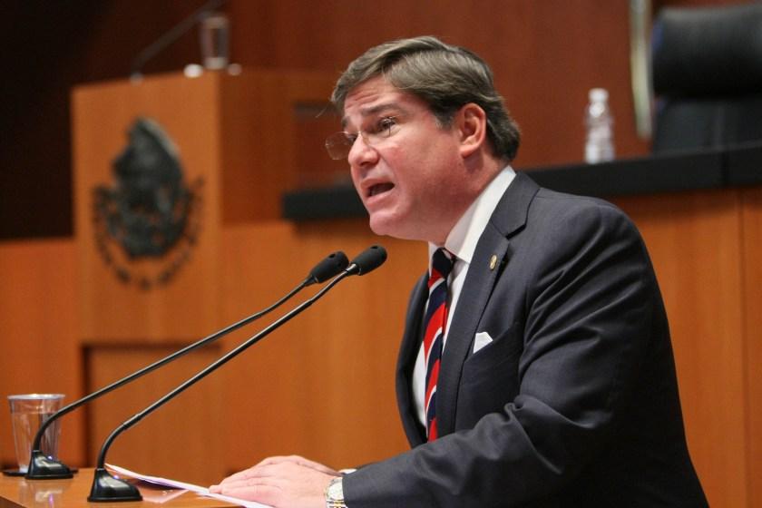 Senador Fernando Mayans: ¡¡Nos van a violar a todos!!