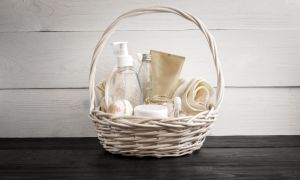 Gift Basket Ideas for Children Who Have Gone off to College