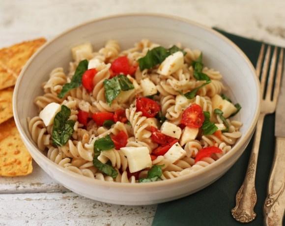 healthy pasta salad caprese