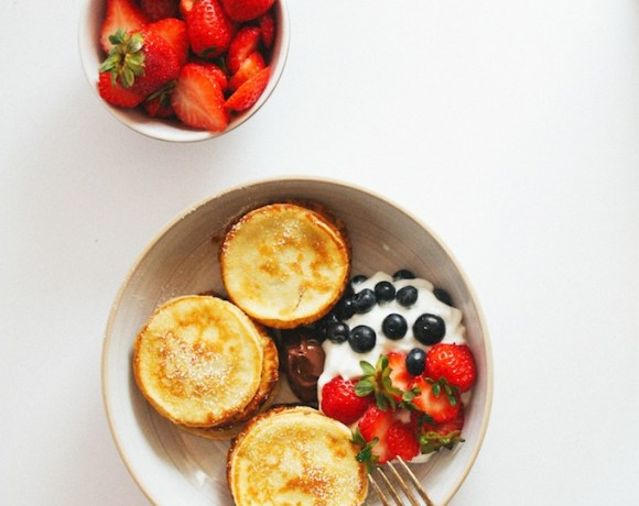 swedish mini-pancakes + berries