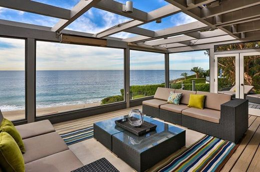 Point Dume Bluff Estate in Malibu, California