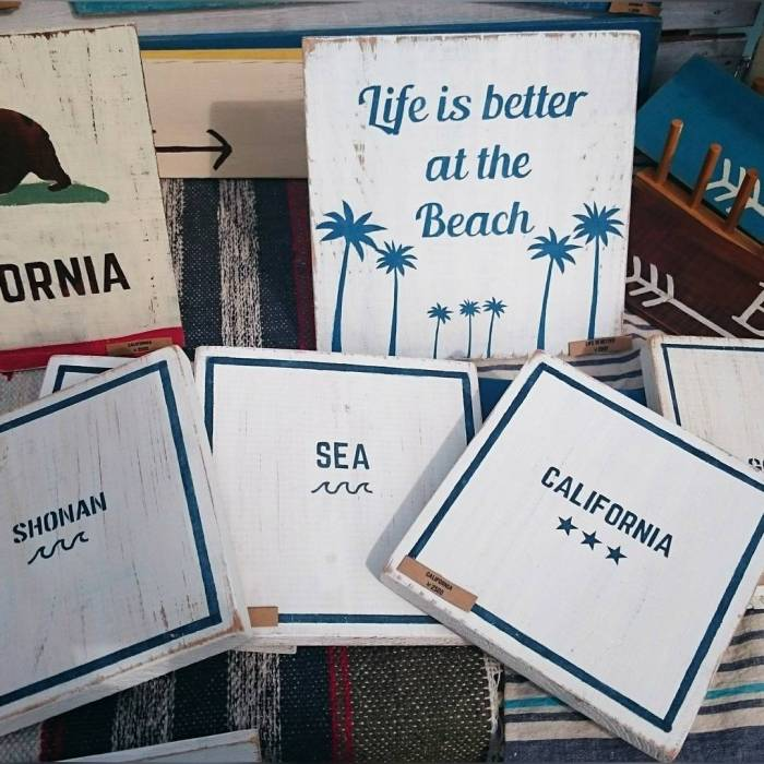 California Lifestyle Beach Wood Signs