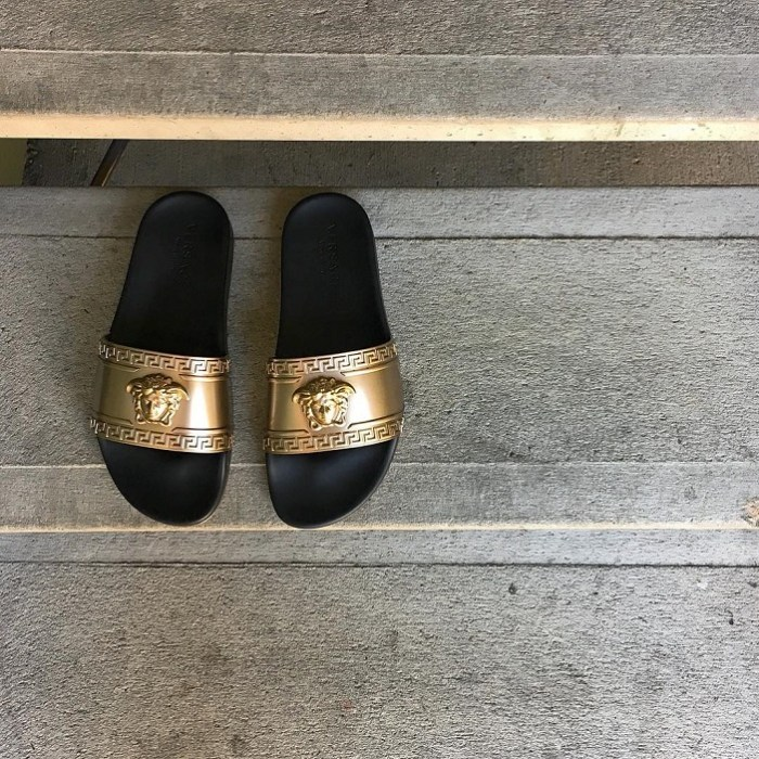versace-metallic-medusa-head-slide-sandal-black-gold-by-nmmanstore-12-6-2016-01