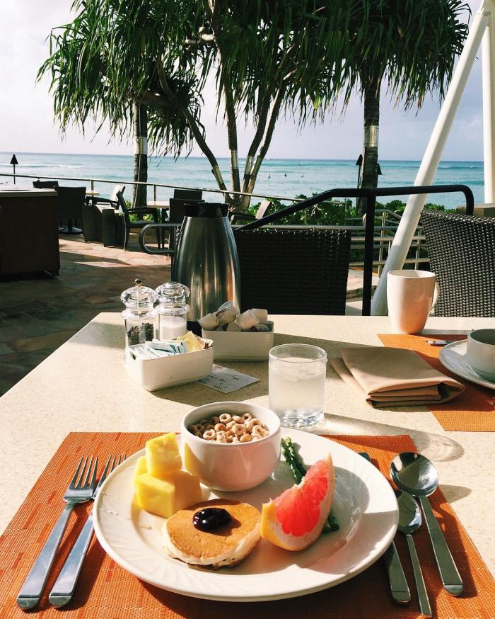 breakfast-at-sheraton-waikiki-beach-honolulu-hotel-by-yeonzuu-12-2-2016-1