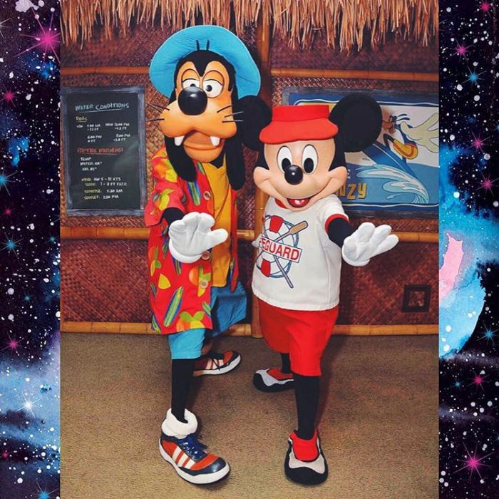 Surfs Up! Mickey & Goofy at Disney's PCH Grill inside the Disneyland Paradise Pier Hotel