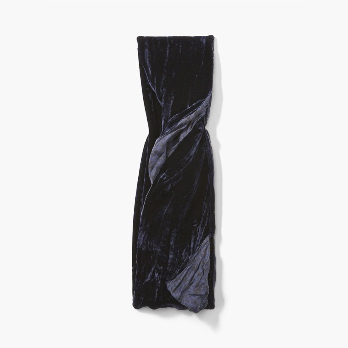 John Varvatos Two-Sided Velvet Scarf