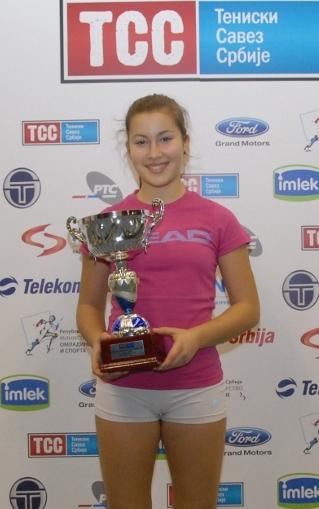 Teodora Ristić, pobednica Dvoranskog prvenstva Srbije do 14 godina