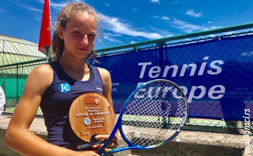 Jovana Grujić, TORNEO U12 TRIESTE Trst Italija, Tennis Europe Junior Tour