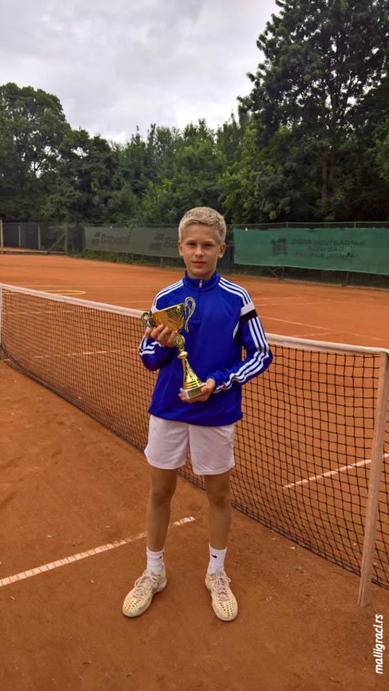 Uglješa Sofrenović, Otvoreno prvenstvo Sente za dečake i devojčice do 12 godina, Teniski klub Senta 1903