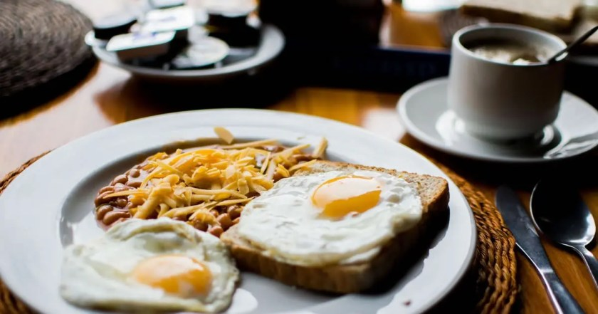 Book hotels that include breakfast in their accommodation packages