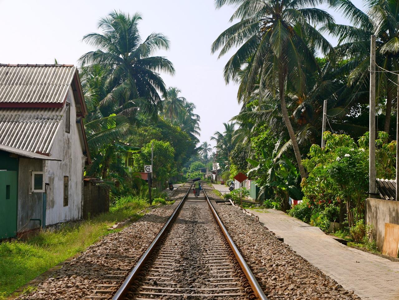 SriLanka Hikkaduwa Train