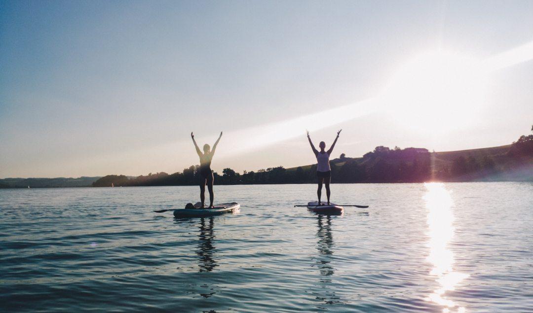 SUP Yoga Surf Girls Mattsee Salzburg Österreich