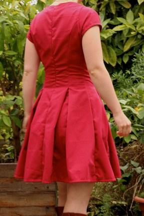 Les robes à grands plis