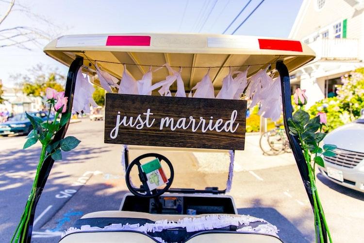 Golf cart Just Married