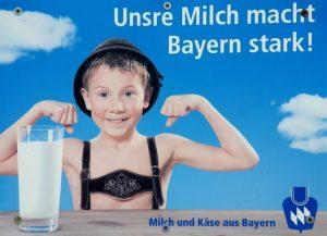 Cartel-publicitario-Baviera-leche-fuerta_EDIIMA20151111_0581_5