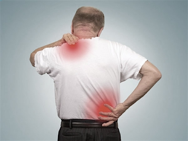 Treat back and neck pain from accidents and injuries at Mallen Chiropractic, West Palm Beach, FL