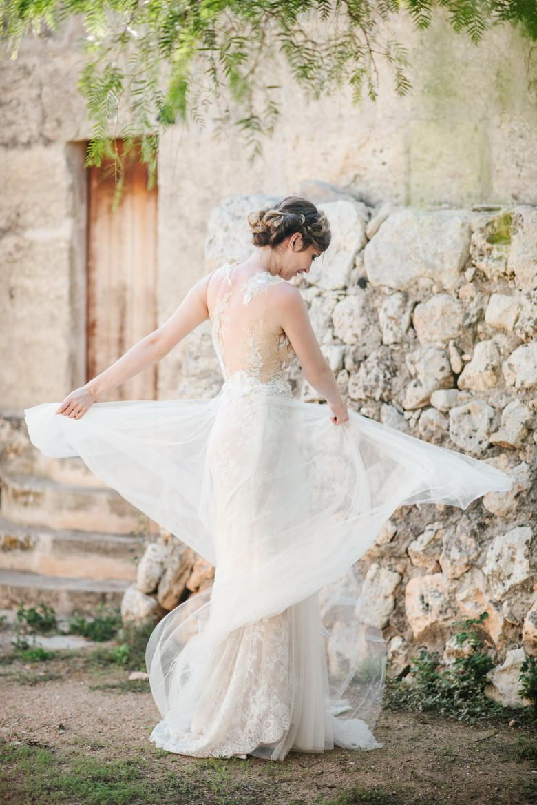 simply-perfect-boho-chic-inspired-beach-wedding-in-majorca-mallorca-boutique-weddings-2018-6