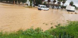 Lluvias carretera Campos