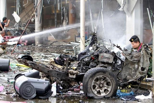 090517 atendado bomba supermercado tailandia 3