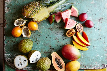 tropicalfruits_featured-1