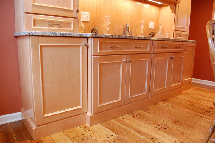 Maple Cabinets -Granite Countertops « Maloney Contracting on Maple Cabinets With White Countertops  id=46941