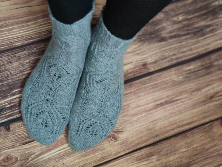 Hedera socks - Chaussettes au tricot - Maloraé Designs